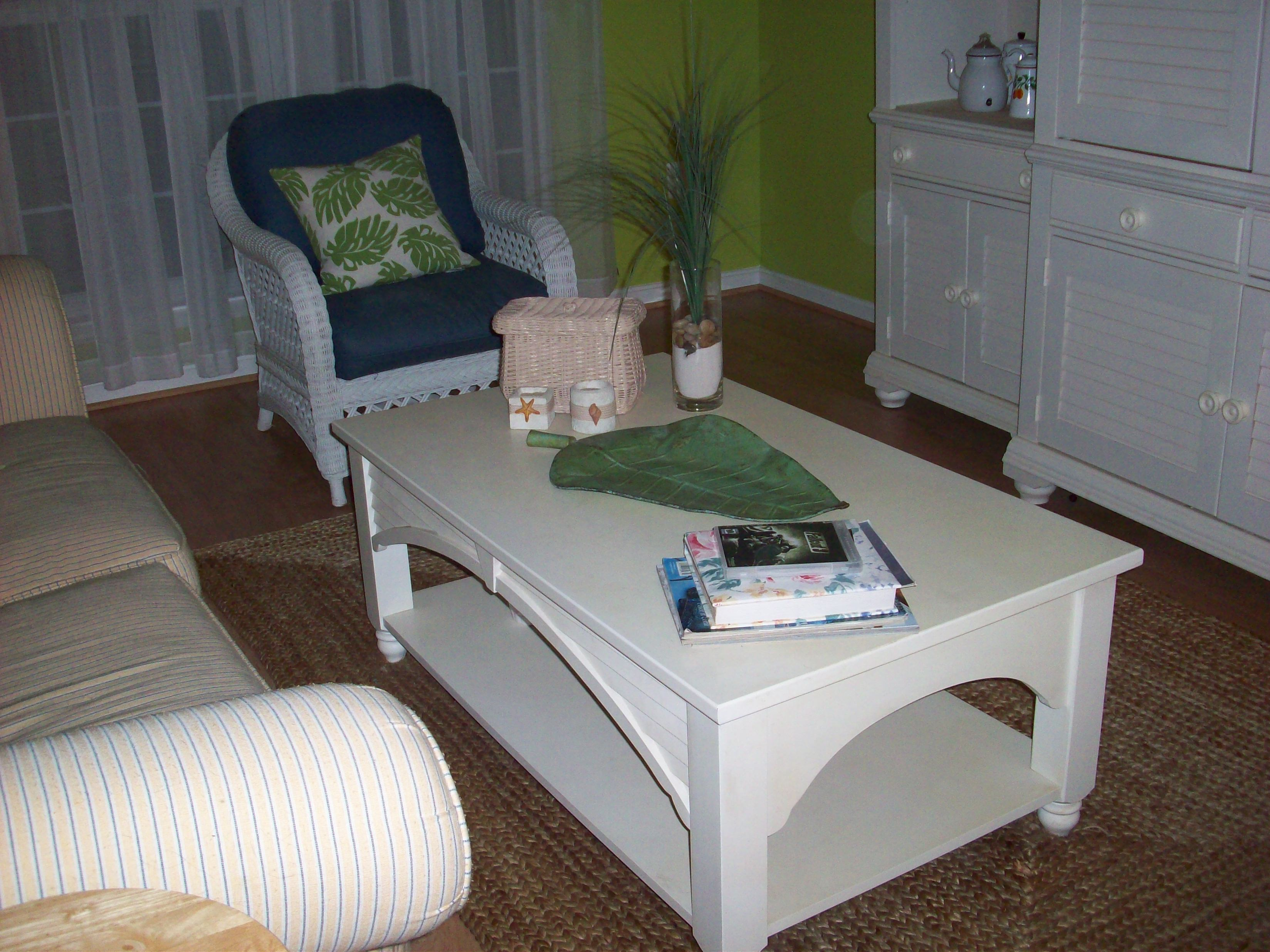 Afternoon Artist - WordPress.com & Color Changes Everything\u2013Lime Green Living Room Makeover ...