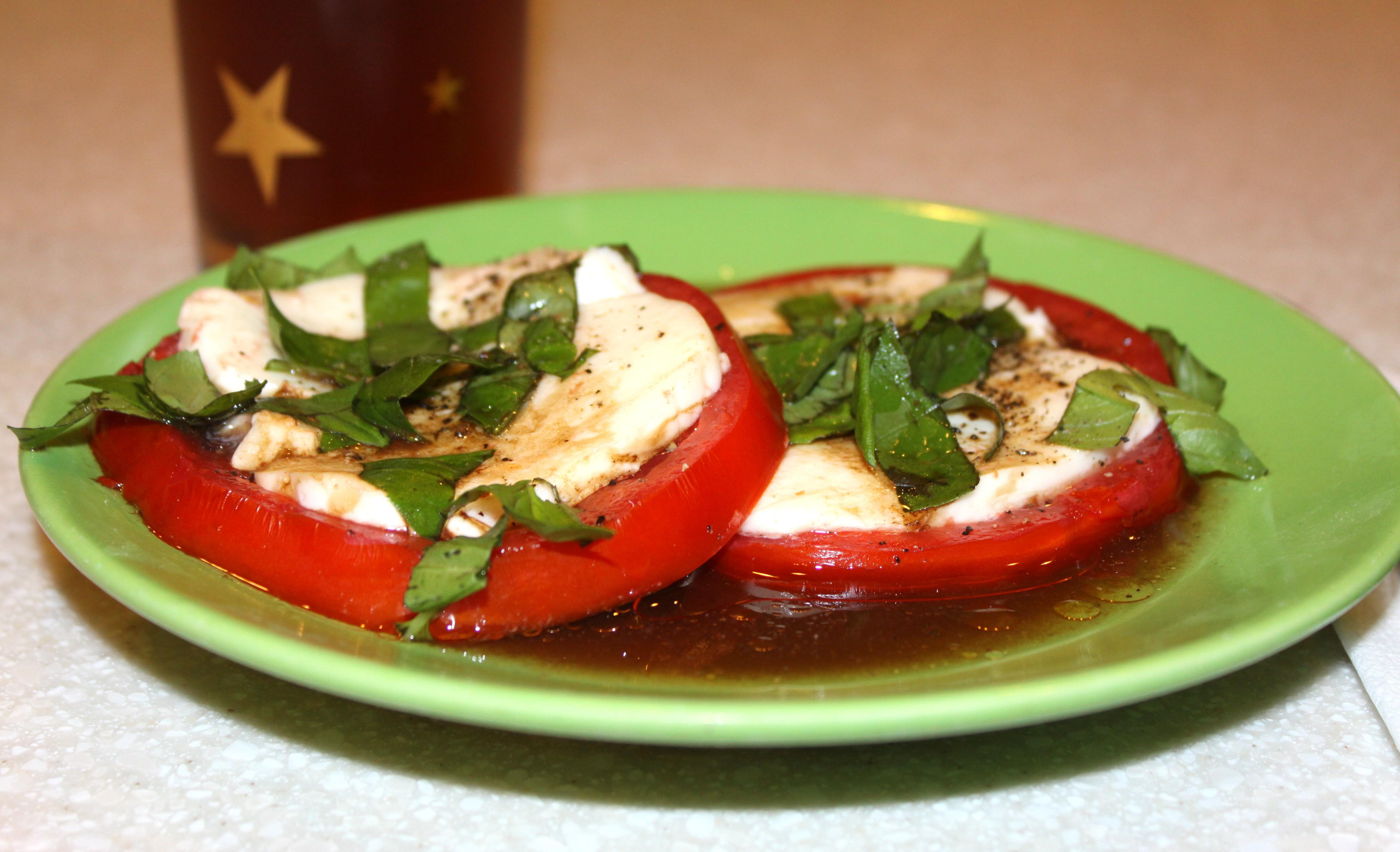 Quick Caprese Salad Recipe — Dishmaps