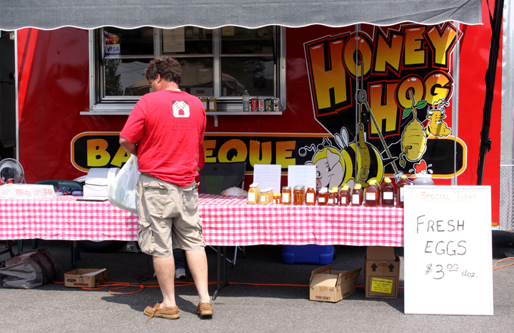 Honey Hog Barbecue Stand in Bealeton, Virginia